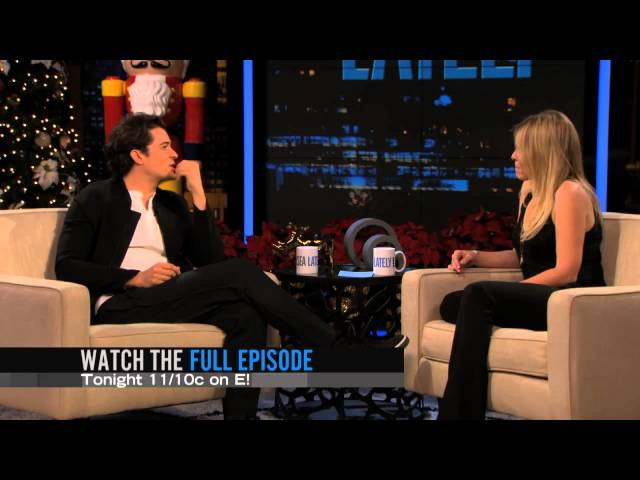 Watch Chelsea Lately Season  - Watch what makes Orlando Bloom loose his shirt Online