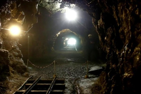 Watch NBC Nightly News with Brian Williams Season  - The Mystery of the Nazi Gold Train Online