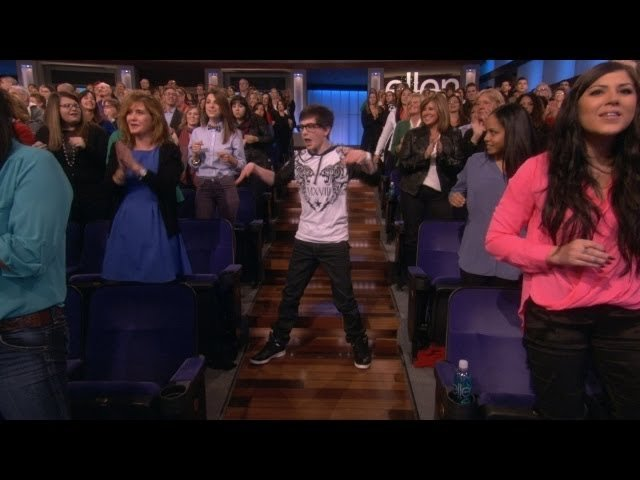 Watch The Ellen DeGeneres Show  Season  - Exclusive! Robot Audience Dancer Online