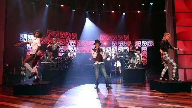 Watch The Ellen DeGeneres Show  Season  - Pharrell Performs 'Come Get It Bae' Online