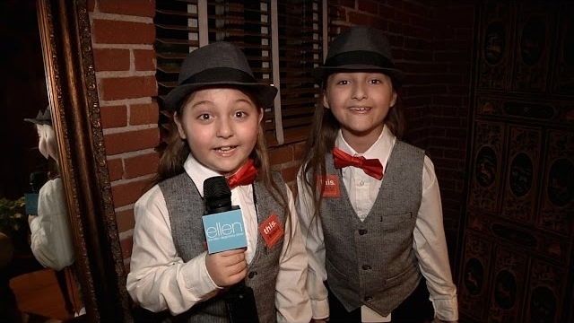 Watch The Ellen DeGeneres Show  Season  - Elias and Zion Meet Kristen Bell! Online