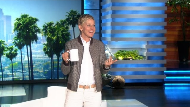 Watch The Ellen DeGeneres Show  Season  - A Surprise Auction in Ellen's Audience Online
