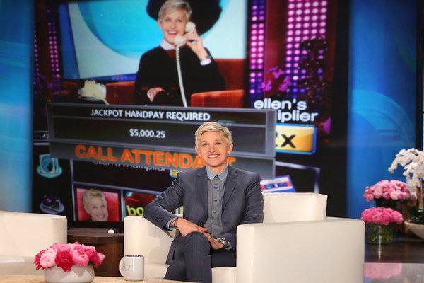 Watch The Ellen DeGeneres Show  Season  - Ellen's Slot Machine Already Has a Winner! Online