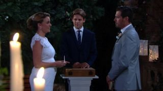 Watch The Young and the Restless Season 42 Episode 258 - Thurs, Aug 27, 2015 Online